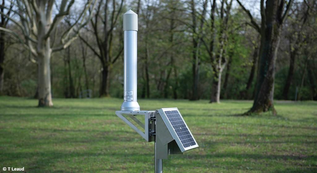 Sonde-autonome-GammaTRACER-XL2-avec-panneau-solaire---Copyright-T-Leaud-Bertin-Technologies